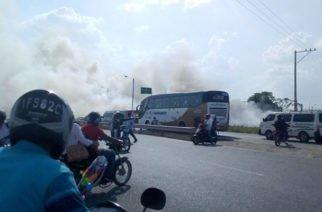 Incendio forestal frente al Terminal de Transportes de Montería