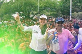 Respaldo de Óscar Iván Zuluaga a Ruby Chagüi en su campaña al Senado