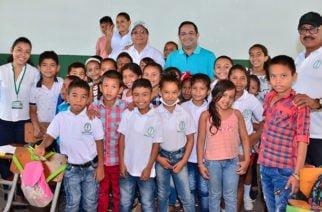 Más niños de Montería se benefician con el programa Bilingüismo para la Paz