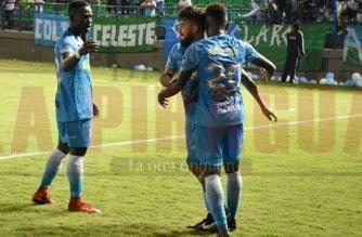 Villota le dio la victoria a Jaguares y dejó mal parado al 'Willy' Rodríguez