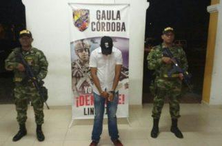 Ejército y CTI capturan extorsionista en flagrancia