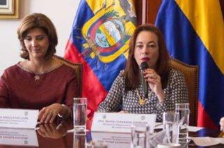 Presidente de Ecuador dijo que su país no sería más garante del proceso de paz con Colombia y el ELN