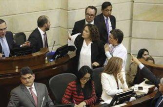 Para no entorpecer campaña electoral Senado aplazó consulta anticorrupción