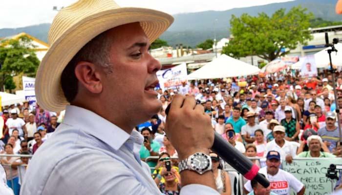 Quiero ser presidente para dar bienestar a los colombianos y dejar atrás el odio de clases: Duque