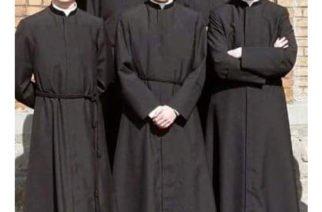 La Corte constitucional indicó que los sacerdotes también están obligados a ser jurados de votación