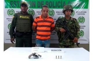 En Chinú un hombre fue capturado por porte ilegal de armas