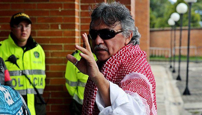 Santrich insiste en ocupar su curul en el Congreso