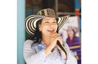 Senadora Yamina Pestana es investigada por constreñimiento al sufragante