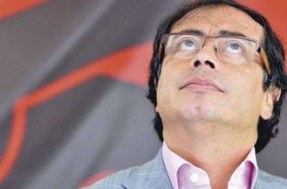 """¡Tensión en el Capitolio! Uribe llamó  """"sicario, sicario, sicario"""" a Petro en plena sesión"""