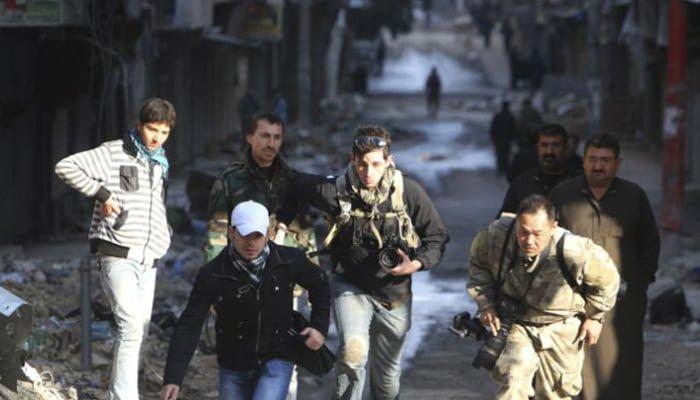 Combates en Siria mantienen a más de 70 periodistas atrapados
