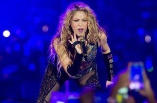 Fuertes críticas contra Shakira por su acento español