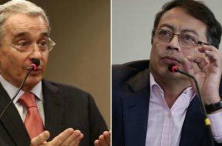 """""""Es para evadir investigación"""": Petro tras anuncio de Uribe de renunciar al Senado"""