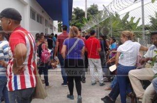Venezolanos se apostaron en la Casa de Justicia para recibir subsidio alimenticio