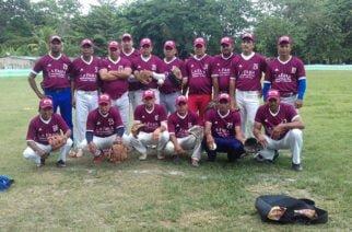 Amigos Asociados de Ciénaga de Oro son finalistas en torneo de sóftbol recreativo