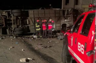 Identifican a 19 fallecidos colombianos en bus accidentado en Ecuador