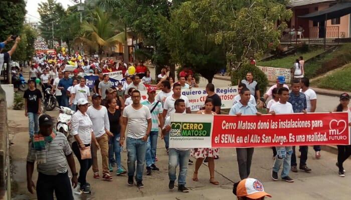 Marcha en apoyo a Cerro Matoso