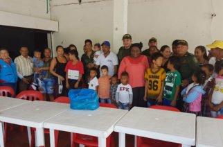 Policía Metropolitana de Montería entregó ayuda a familias de la margen izquierda