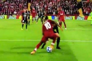 Video: Mané le 'rompió' la cintura a Neymar en Champions