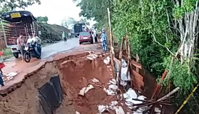Por negligencia de la Gobernación colapsó puente Zamorano