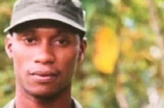 Fiscalía ecuatoriana allanó dependencias militares por presuntamente vender armas a 'Guacho'