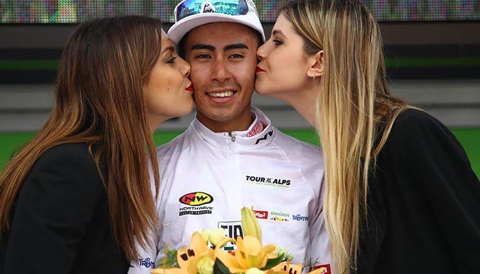 Un nuevo ciclista colombiano llega al equipo británico Sky
