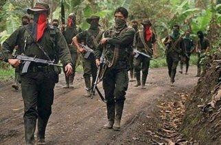 Fuego cruzado entre banda 'El Caporo' y ELN en Venezuela por mina ilegal de oro