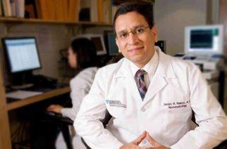 Condecoran al médico Javier Romero Ogaza en el Concejo de Montería