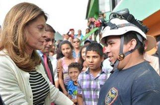 Vicepresidenta de Colombia estuvo en zona afectada por la tragedia en Marquetalia