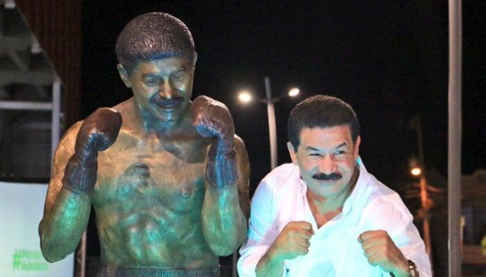 El 'Happy' Lora ya tiene monumento en Montería