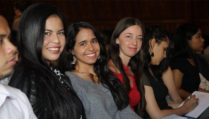 Jóvenes de Córdoba a realizar sus prácticas laborales en el sector público