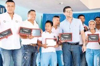 MinTic entrega dos mil tabletas para escuelas de Tierralta