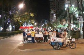 """""""Marcos Daniel indolente"""": Vendedores ambulantes de la Avenida 1era"""