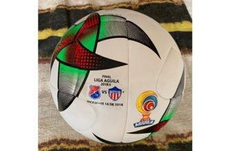 El balón con el que se jugará la final Medellín vs Junior