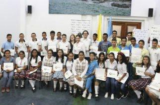 En Córdoba 32 estudiantes destacados en Prueba Saber 11 recibieron tablets