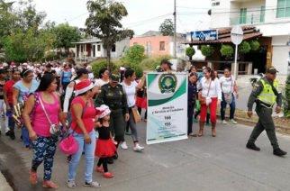Policía Córdoba realiza Caravana de la Alegría