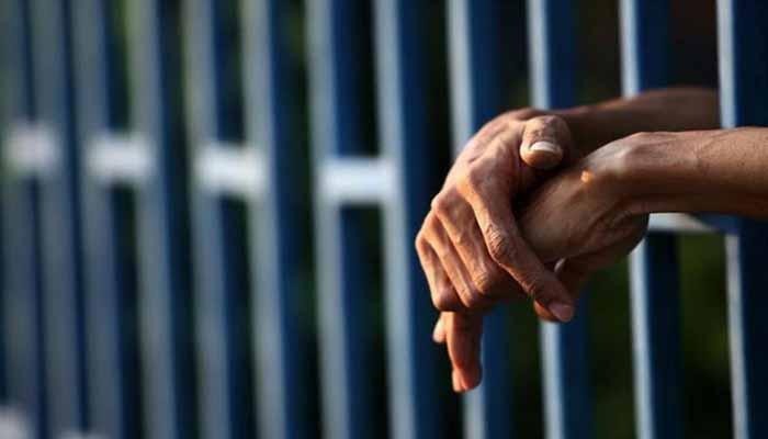 Cárcel para padre que habría provocado la muerte de su hija de 4 años