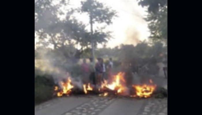 Habitantes de la zona rural de Cereté bloquean vía por fallas en el servicio de energía