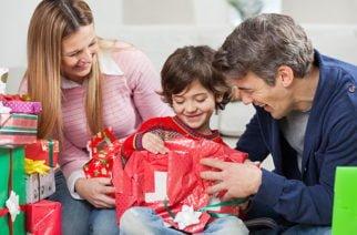 Los obsequios que reciben los niños deben formar en valores
