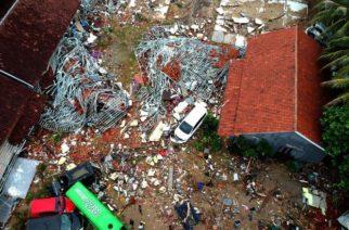 Tsunami arrasa con Indonesia: al menos 222 muertos y casi 1000 heridos