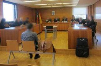 Hombre apuñalado 13 veces por su novia le pidió matrimonio en el juicio