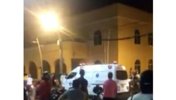 En centro de Montería joven fue requisado y luego apuñaló a policía