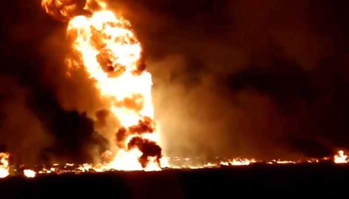 Siguen apareciendo muertos de la explosión de oleoducto en México