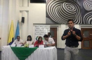 """""""Necesitamos un plan de desarrolo volcado a reactivar el campo"""": representante Andrés Calle"""