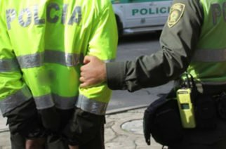 Dos policías fueron capturados en Córdoba por extorsionar a investigados de abusos sexuales