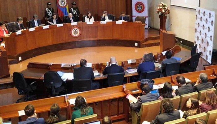 Hoy se adelanta ante la Corte Constitucional debate sobre libertad de expresión en redes sociales