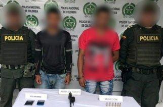 Policía captura a 2 hombres en Montelíbano por porte de armas