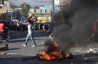 Presidente de Haití invita a diálogos tras protestas violentas