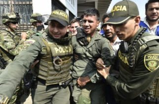 Sube a 411 el número de militares venezolanos que abandonan a Maduro