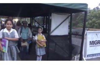 Abren corredor humanitario en puentes de Ureña y San Antonio