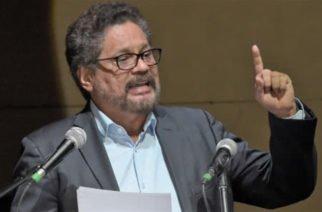 Aparece ante la opinión pública Iván Márquez